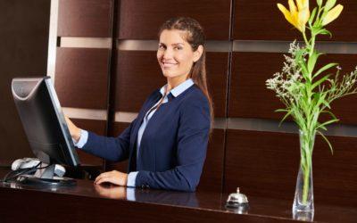 Quais as atribuições de um recepcionista?