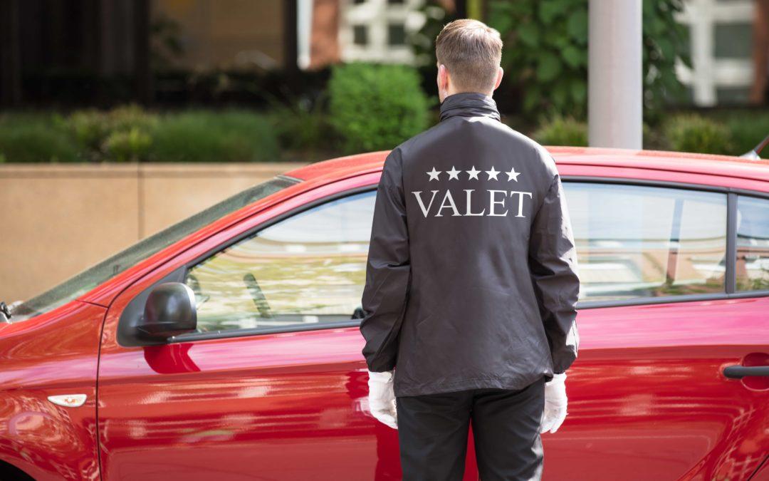 Vale a pena terceirizar o estacionamento do hotel?